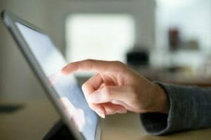 hand using touch screen web accessibility functionality
